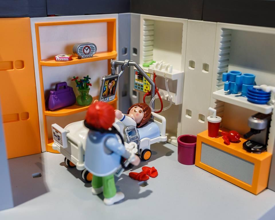 playmobil-2019-hospital