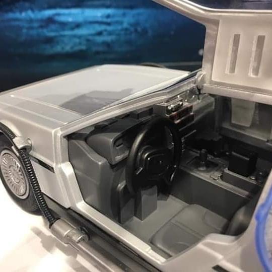 playmobil regreso al futuro delorean dentro