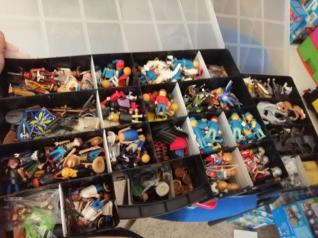 cajas guardar playmobil juguetes
