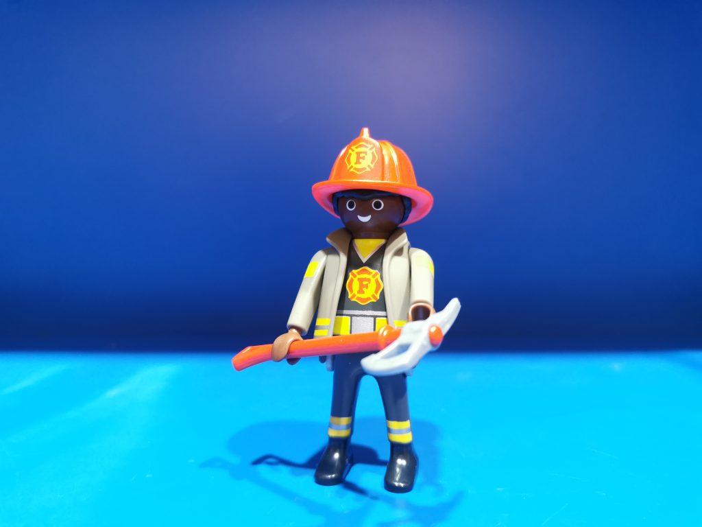 serie 19 bombero negro